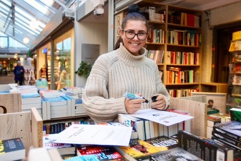 ALT NYTT: Celine Karlsen (25) har mål om å vise igjen som senterleder etter at året er omme.