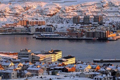 VURDERES: Trafikkregulering i byene i Finnmark er under vurdering, skriver Kristian Øvernes i dette innlegget.
