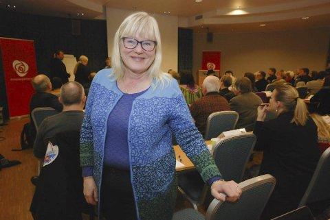 FELLES STANDPUNKT: Ingalill Olsen (Ap) kommer ikke med private meninger. Hun er klar på at det er en forskjell på at partiet kommer fram til en felles slutning, og de står hun bak leder i Finnmark Ap og som stortingspolitiker. Hun forholder seg til de fattede vedtak i Finnmark Ap.