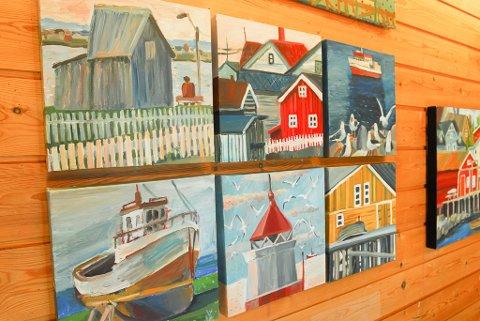 LAGD I VADSØ: Det meste av kunsten som er å finne i ateleriet, er lagd mens kunstnerne har vært i Vadsø.