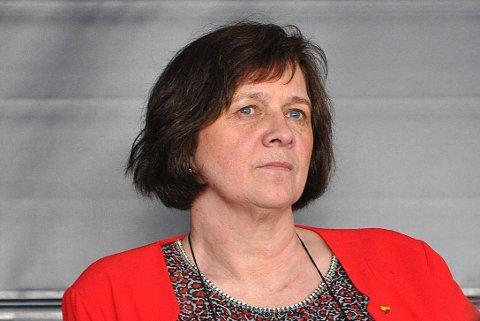 VIL HA TOG: Fylkesråd for samferdsel Kristina Hansen (Ap).