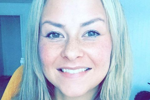 FORNØYD: Berit Anette Sabbasen kjøpte det dyreste huset i Kautokeino ifjor.