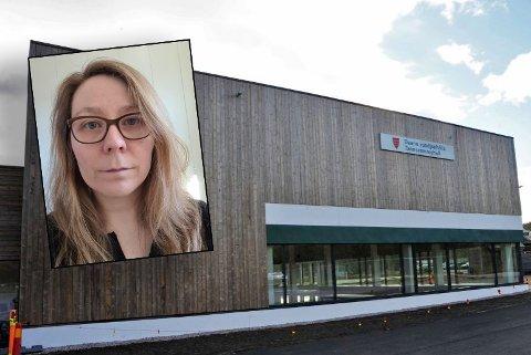 STORT KUTT: Virksomhetsleder for bygg- og anleggsavdelingen i Tana kommune, Solveig Therese Halonen, forteller at de i år så seg nødt til å stenge svømmehallen og flerbrukshallen grunnet kutt.