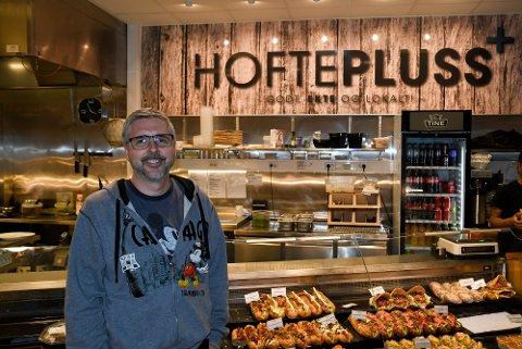 SKAL BYTTE NAVN: Kenneth Svendsen sier at de skal bytte navn på dagens Hoftepluss, men at det ikke skjer med det første.