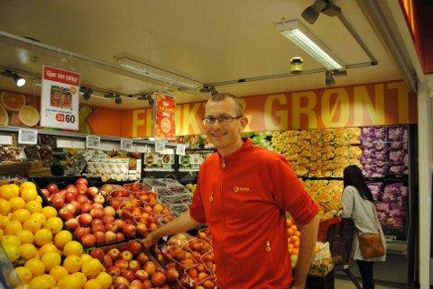 SOMMERPRATEN: Øystein Aune er butikksjef ved Extra Inderøy. I ferien skal han til Hafjell med familien på aktivitetstur!