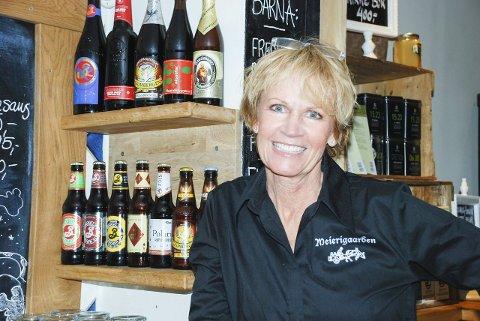 VERTSKAP: – Veldig morsomt! Dette gleder vi oss til å være med på, sier Henny Bråten, innehaver av Meierigaarden Kro i Lørenfallet, der lanseringen av det lokale ølet vil foregå over nyttår.
