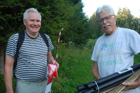 FORBEREDER SKOGSLØP: To av ildsjelene i SAS-gruppa i Sørum, Øivind Dahl (til venstre) og Torleiv Flystveit, er godt i gang med å realisere Stomperudløpet.