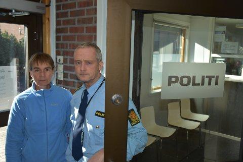Kjemper for Aurskog-Høland: Hanne Brubak og Patrick Solberg ved Aurskog-Høland lensmannsdistrikt. Foto: Trym Helbostad