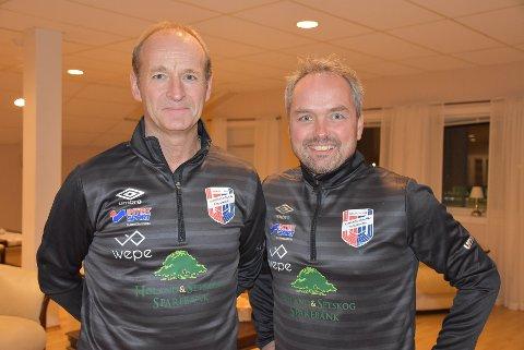 Kjetil Rydje (t.v.) og Roar Ness fortsetter som trenere for a-laget til Aurskog-Høland FK. Arkivfoto: Trym Helbostad