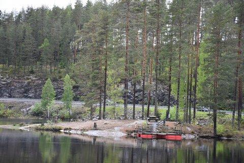 Neste år vil besøkende ved Røytjern igjen få muligheten til å gå på toalettet. Foto: Trym Helbostad
