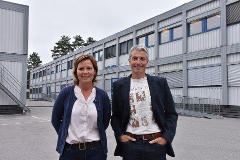 June Tråstadkjølen Tidemann og Olav Wennemo er klare for å ta imot både elever og ansatte til et annerledesår ved Bjørkelangen videregående skole. Alle foto: Trym Helbostad
