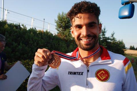 MEDALJE SOM SMAKTE: NM-bronse på 1500 meter var godt som gull for løperkometen Jacob Boutera.