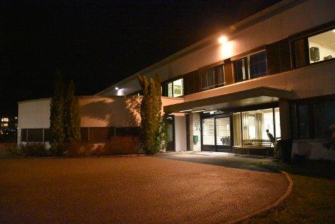 Etter at det ble oppdaget koronasmitte ved Aurskog sykehjem, ble alle ansatte og beboere ved en avdeling testet. Arkivfoto: Trym Helbostad