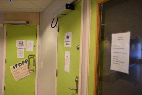 Tittin Foss-Haneborg (MDG) mener Aurskog-Høland kommune må ta et større ansvar for å bedre forholdene ved Aurskog legekontor.