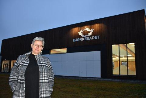 – Vi må være villige til å bruke midler for at folk skal ha gode tilbud, sier Randi Ransberg (Ap) som ikke vil gå med på fremtidige budsjettkutt for Bjørkebadet og KulturArena.