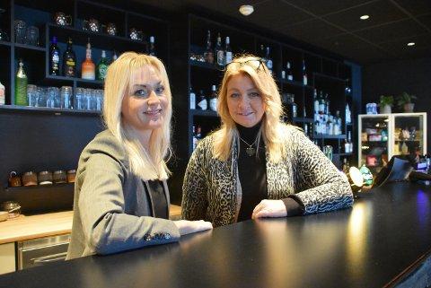 Daglig leder Anne Brodin Söderström (t.h.) og markedssjef May-Therese Kilde Halvorsen kan melde om travle dager ved Rømskog Spa & Resort. Arkivfoto: Trym Helbostad