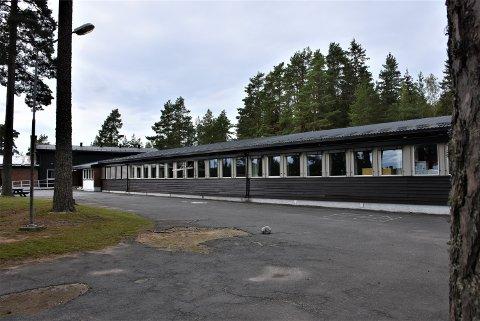 Setskog skole er en av to skoler som foreslås nedlagt av konsulentfirmaet Agenda Kaupang.