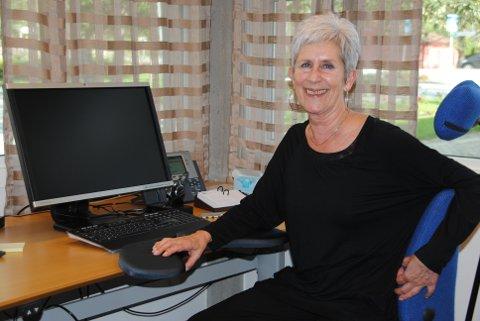 SISTE DAGEN: Etter 50 år på same arbeidsplass var det fredag slutt for Anne Grete Albrethson si superlange yrkeskarriere.