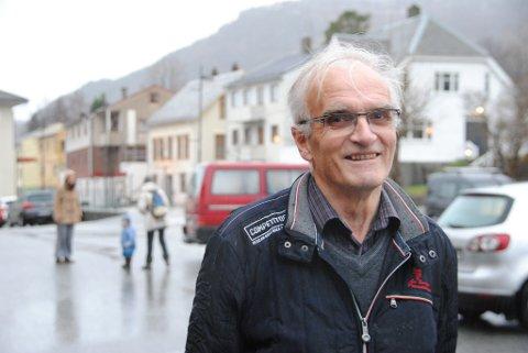 Tre veker etter at kona hans, Anne Sofie, døydde etter ein lang kamp mot kreft, vart det heilt tilfeldig oppdaga at Gunnar Våge òg var råka av kreft.