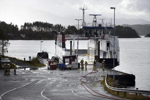 Brannskadd: M/F «Ytterøyningen» skal i utgangspunktet reparerast.arkivfoto