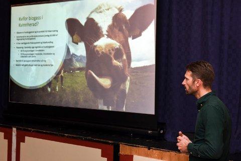 Reinhard Lund-Mikkelson fotografert i samband med eit biogass-møte som vart halde i Helgheim i fjor haust. (Arkivfoto).
