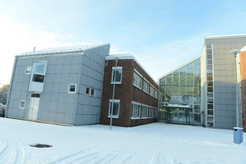 UDI opprettholder leiekontrakten med Statsbygg på Raumyr.