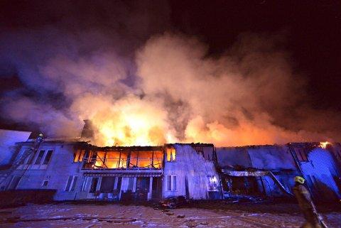UFORUTSETTE HENDELSER: Det er sparsomt med rom for uforutsette hendelser i kommunebudsjettet. Den dramatiske brannen på Skinnarberga har kostet.