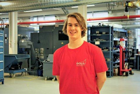 19 år gamle Sondre Aleksander Larsen fra Hvittingfoss ble norgesmester i CNC-maskinering.