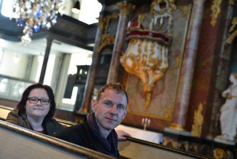 MUSIKERE: Kantorene Kristin Flatland Solbu og Matthias Anger skal i fokus under kulturkvelden i Kongsberg kirke 11. desember.