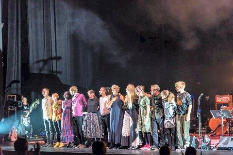 UNGE MUSIKERE: Denne gjengen skal hylle Joni Mitchel i Kongsgberg Musikkteater onsdag 3. juli.