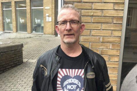 SKUIFFET: Harald Gleditsch mener partikollega Veslemøy Fjerdingstad har fått en slett behandling.
