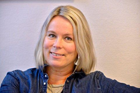 TILBYR HJELP: Tonje Støa Sandvik er leder i Unghelse i Kongsberg. Hun og kollegene følger nå tett opp Saggrenda-miljøet etter at en av elevene omkom i en trafikkulykke tirsdag.