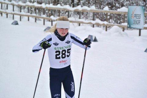 SØLV: Ellen Pernille Olsen tok to sølv under Eiker skifestival.
