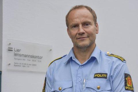 ØNSKER FORTSATT TIPS: Lensmann Pål Sørensen sier politiet er svært takknemlige for alle tips som er kommet inn i forbindelse med innbruddsbølgen som pågår i distriktet, og at de mer enn gjerne tar imot flere tips dersom man ser noen mistenkelige personer eller biler rundt om i folks nabolag.
