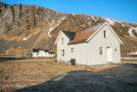 SJELDENT SALG: Denne boligen fra 1924 på Unstad ble solgt for nesten tre millioner kroner mer enn prisantydningen fra megler.