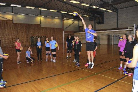 Lofotvolley er det idrettslaget i Lofoten som  har fått mest i koronakompensasjon av Lotteri- og stiftelsestilsynet.