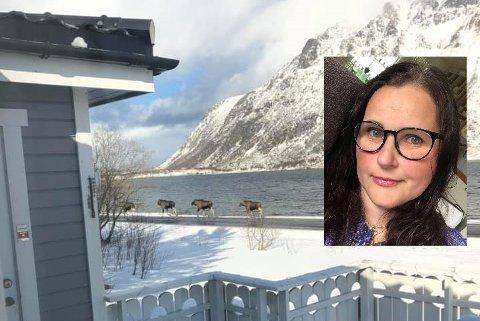 Fire elger la søndagsturen forbi huset til Mona-Ann Ludvigsen på Knutstad.