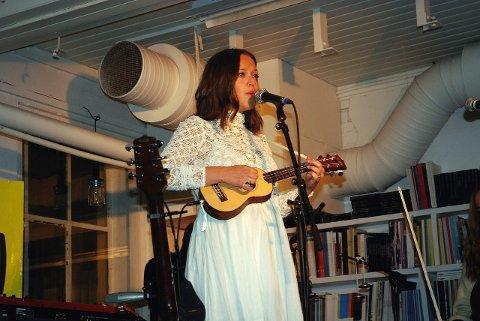 NYTT GJENSYN: Fra forrige besøk i Moss da hun spilte på House of Foundation.