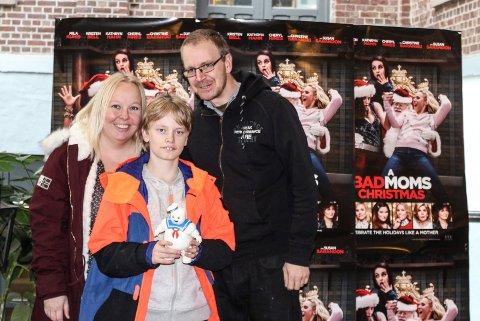 DE VAR DER: Nikolai (12) var på Den store kinodagen sammen med foreldrene sine, Titti Aarnes og Roger Halvorsen.