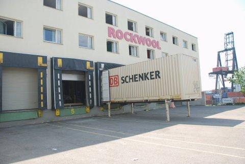 ARBEIDSULYKKE: En ansatt ble utsatt for en arbeidsulykke hos Rockwool i Moss i juni.