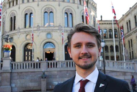 FANESAK: Freddy Øvstegård (SV) fortsetter kampen for at barn i fattige familier skal få det bedre.