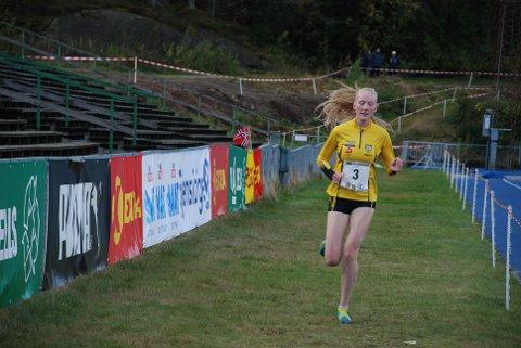 MEDALJEVINNER: Grethe Tyldum klarte å løpe inn til en tredjeplass i årets NM i terrengløp lang bane.