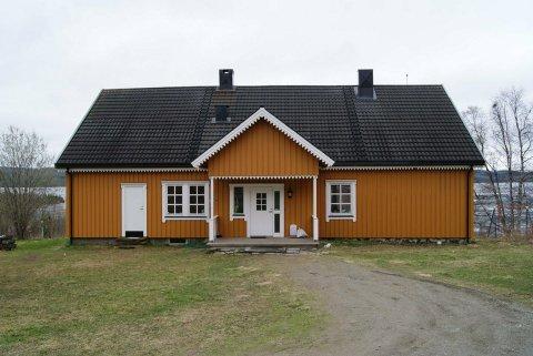 OVERTAS: Den norske kirke overtar flere presteboliger i Namdalen, deriblant Lierne prestebolig.