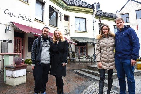 FERSKE GÅRDEIERE: Dino Tomic, Mina Amunda Strømmen, Silje Kvernberg Alvarstein og Joacim Dubrefjord har kjøpt Hefregården og gleder seg til den fremstår i all sin prakt igjen.