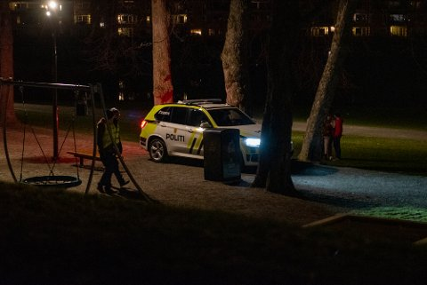 Politiet var ute med store styrker natt til lørdag.