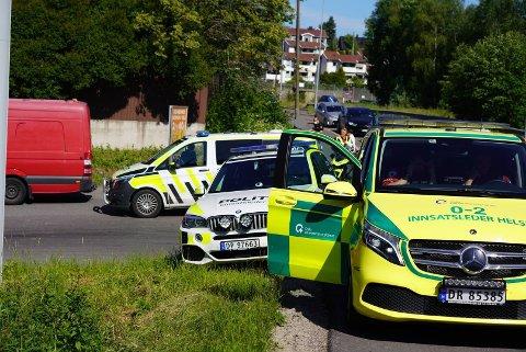 En syklist er kjørt til sykehus med alvorlige skader etter en trafikkulykke på Abildsø fredag ettermiddag.