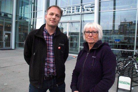 - GLADSAK: Byråd Gunhild Johansen fikk kommunestyrets støtte til planene om å etablere et kommunalt asylmottak i Tromsø. Pål Julius Skogholt sier det er bedre at kommunen driver mottak, enn at private skal kunne skaffe seg stort utbytte av driften.