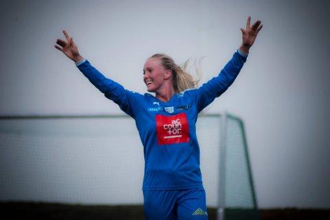 Guro Bell Pedersen har scoret 21 mål på åtte kamper for BUL denne sesongen. Her feirer hun scoring mot gamleklubben Fløya.