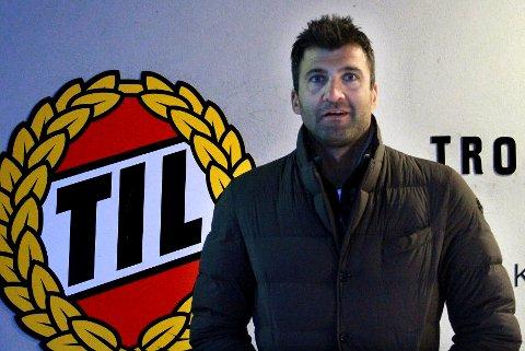Kenny Stamatopolous spilte for TIL i årene 2006 til 2010. I mai ble han plutselig involvert i det som blir omtalt som Sveriges største kampfiksingsskandale.
