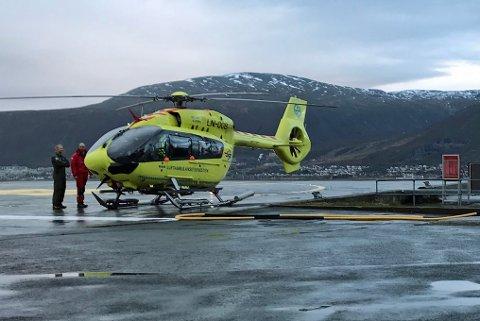 FLYDD TIL UNN: Den skadde ankom UNN med ambulansehelikopter like før klokken 16 onsdag ettermiddag.